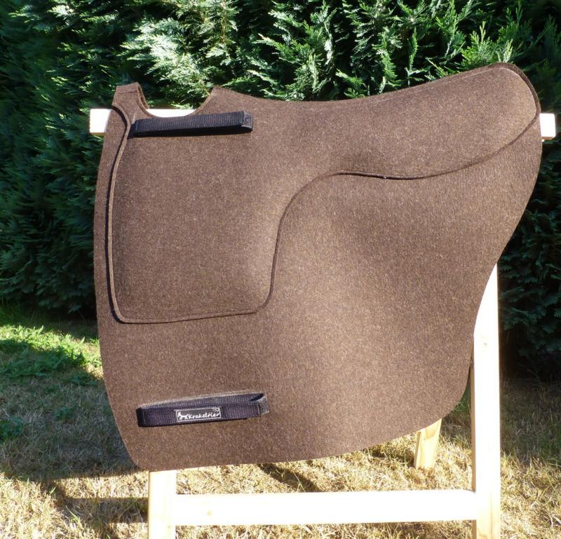 Das TheraPad von Krakeltier wird ebenfalls auf Maß in Wunschfarbe gefertigt.
